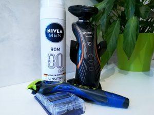 Was man für eine Rasur benötigt: Rasierschaum und Rasierer - nass und trocken.